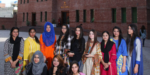 Girls Hostel (11)
